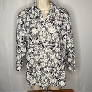 Foxcroft Women's Blouse Size 12 Fitted Floral